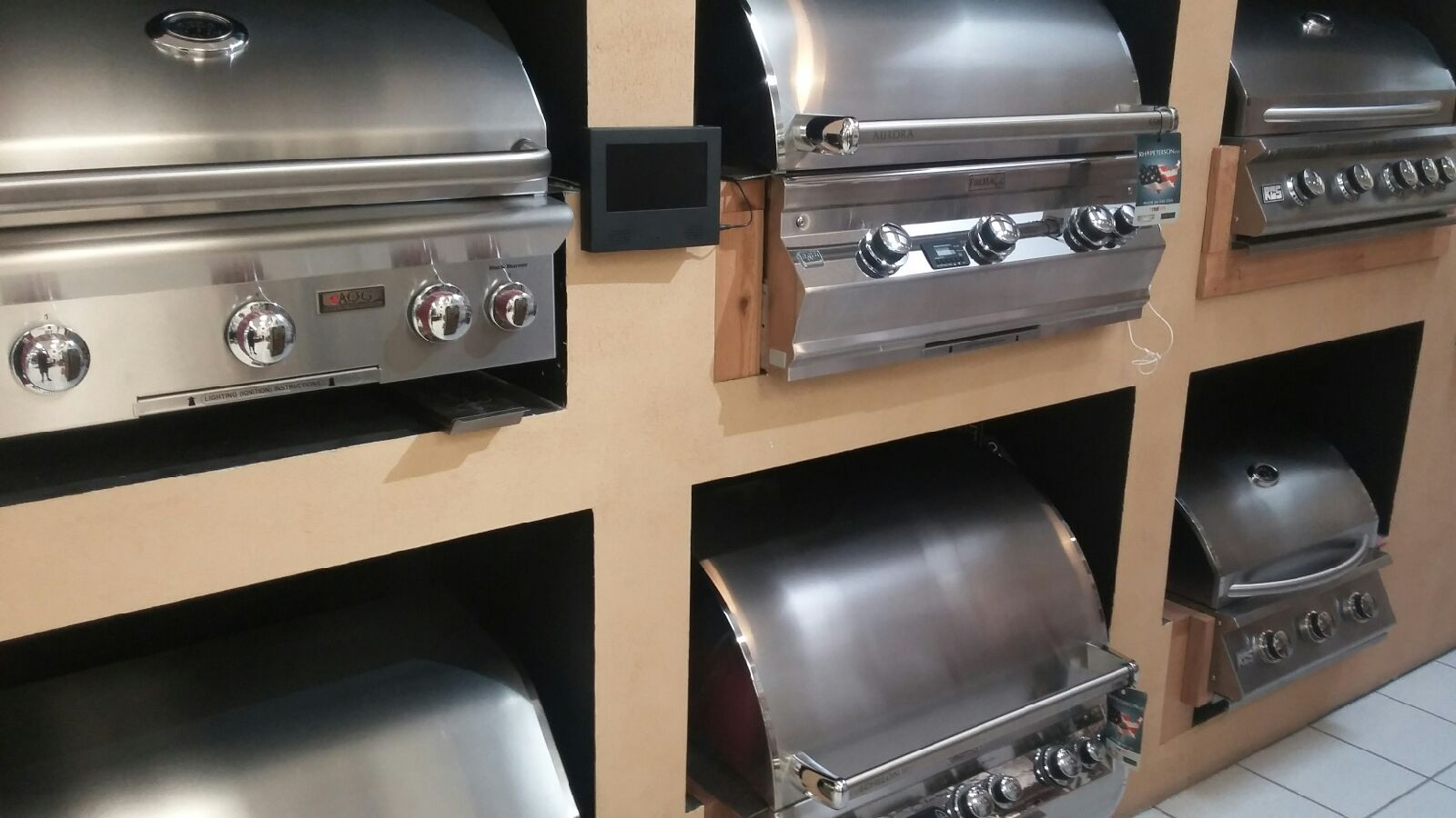 Outdoor Kitchens Finishing Touches Capital Construction Services -  select outdoor kitchens